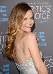 leslie-mann-2015-critics-choice-movie-awards-in-los-angeles-01