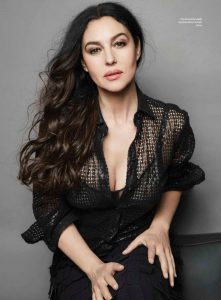 monica-bellucci-esquire-magazine-mexico-october-2015-issue_1