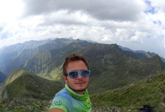 Виктор Маринов